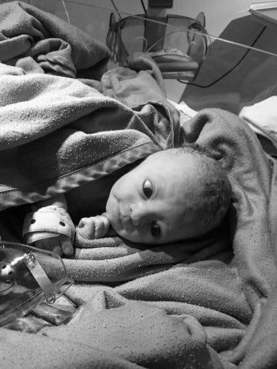 Warum wir Fotos unserer toten Kinder posten
